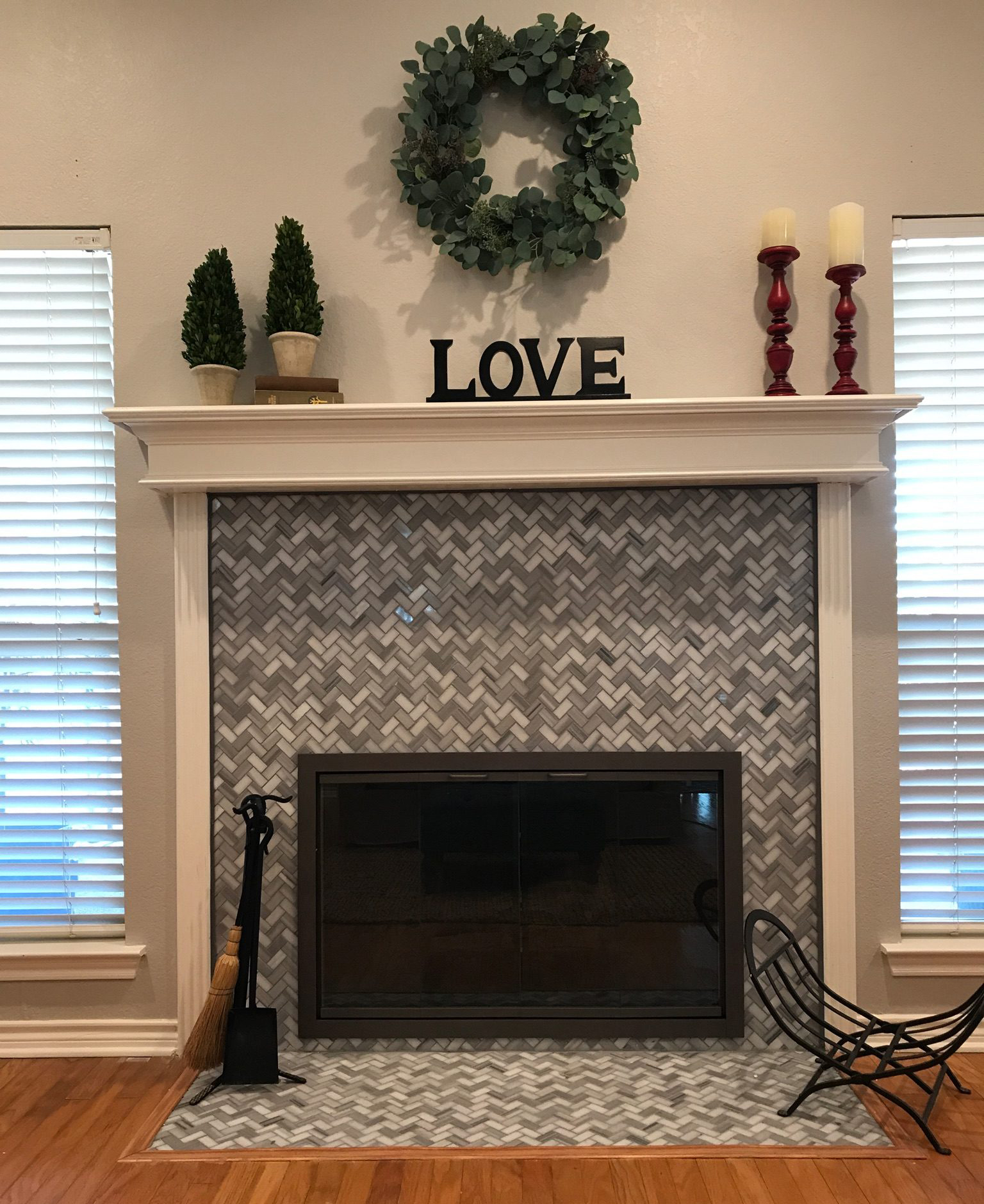 fireplace door